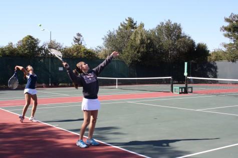 Varsity tennis defeats Aragon