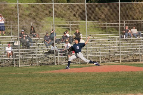 Carlmont varsity baseball leaves Woodside in the dust