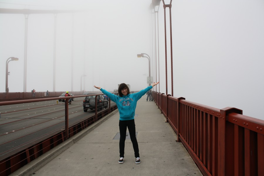 French+exchange+student+Chloe+Masero+experiencing+fog+at+the+Golden+Gate+Bridge+%5Bphoto+credit+to+Veronica+Pontis%5D+