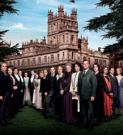 "Tear-worthy ""Downton Abbey"" season premiere captivates audiences"
