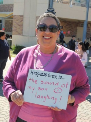 Principal Lisa Gleaton  expresses her happiness during Happiness Club's week.