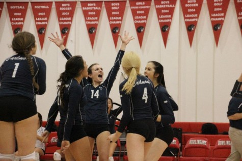 Varsity volleyball adjusts to setbacks