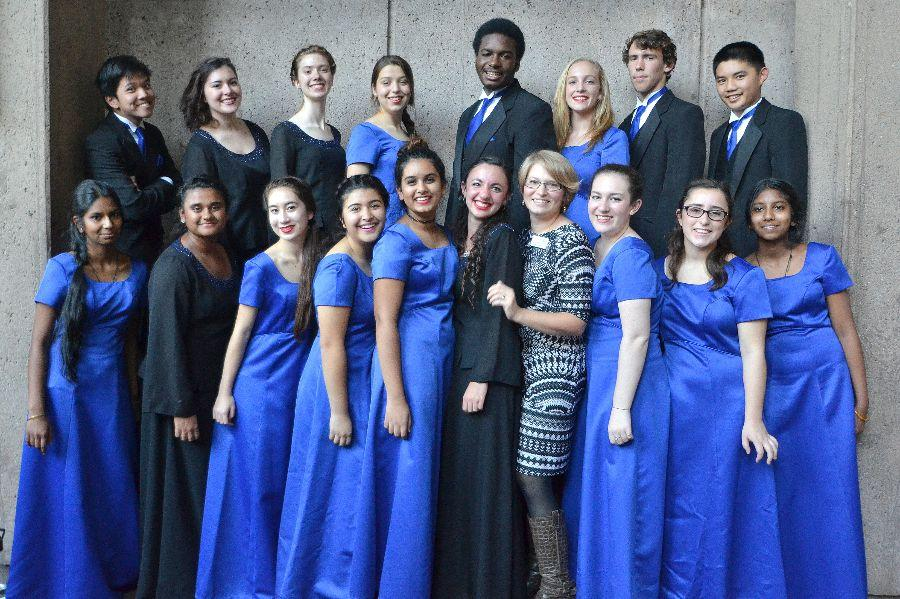 Auditioned+Honor+Choir+students+pose+at+the+their+Palo+Alto+performance.