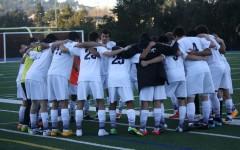 Carlmont boys varsity soccer defeats Menlo-Atherton 2-1