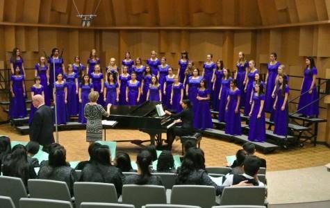Choir ventures to East Bay