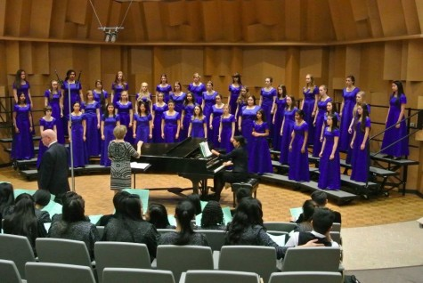 Choir ventures to East Bay