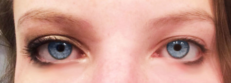Olive oil removes eye makeup gently and effectively.