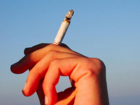 San Francisco raises the smoking age