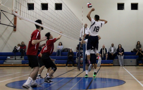 Boys volleyball dominates in their first game