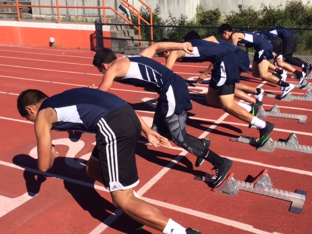 Freshman+and+sophomore+sprinters+jump+out+for+the+100.