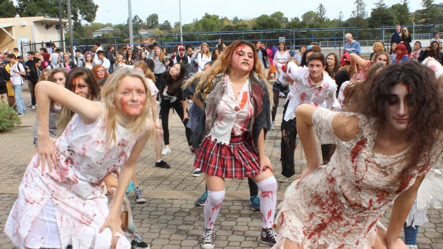 Clad+in+bloody+zombie+costumes%2C+Carlmont+Dance+performed+a+rendition+of+Michael+Jackson%27s+%22Thriller.%22