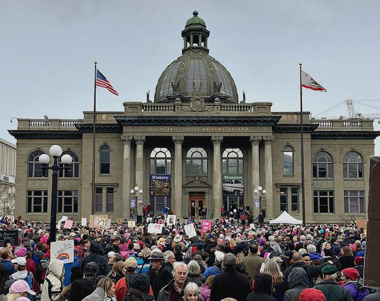 People+gathered+at+the+Redwood+City+Courthouse+Square+in+order+to+speak+out+for+what+they+believe+in.