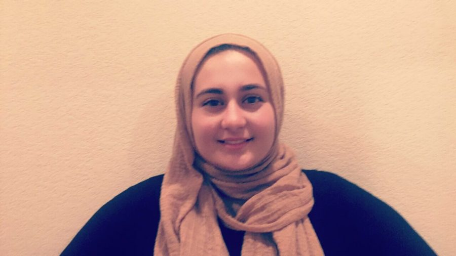 Noor+Dahbour%2C+a+former+Carlmont+student+went+through+the+discrimination+in+the+United+States.