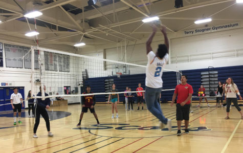 Students gain new experiences in the volleyball tournament