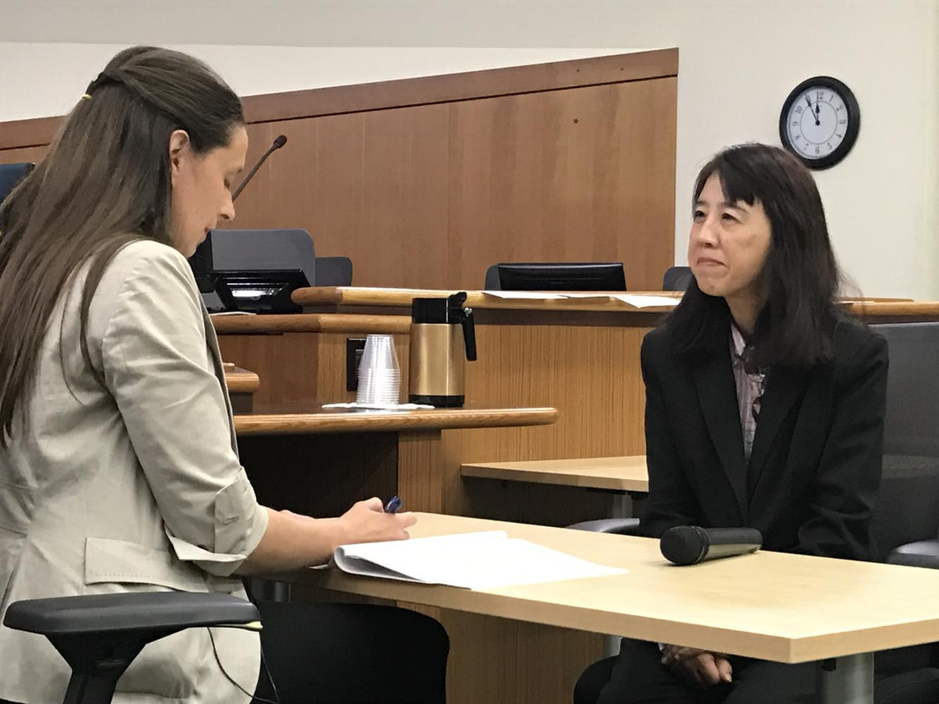 +Susan+Siao+and+Anne+Bloomberg%2C+from+the+USCIS%2C+perform+a+mock+interview+to+help+audience+members+better+understand+the+citizenship+process.