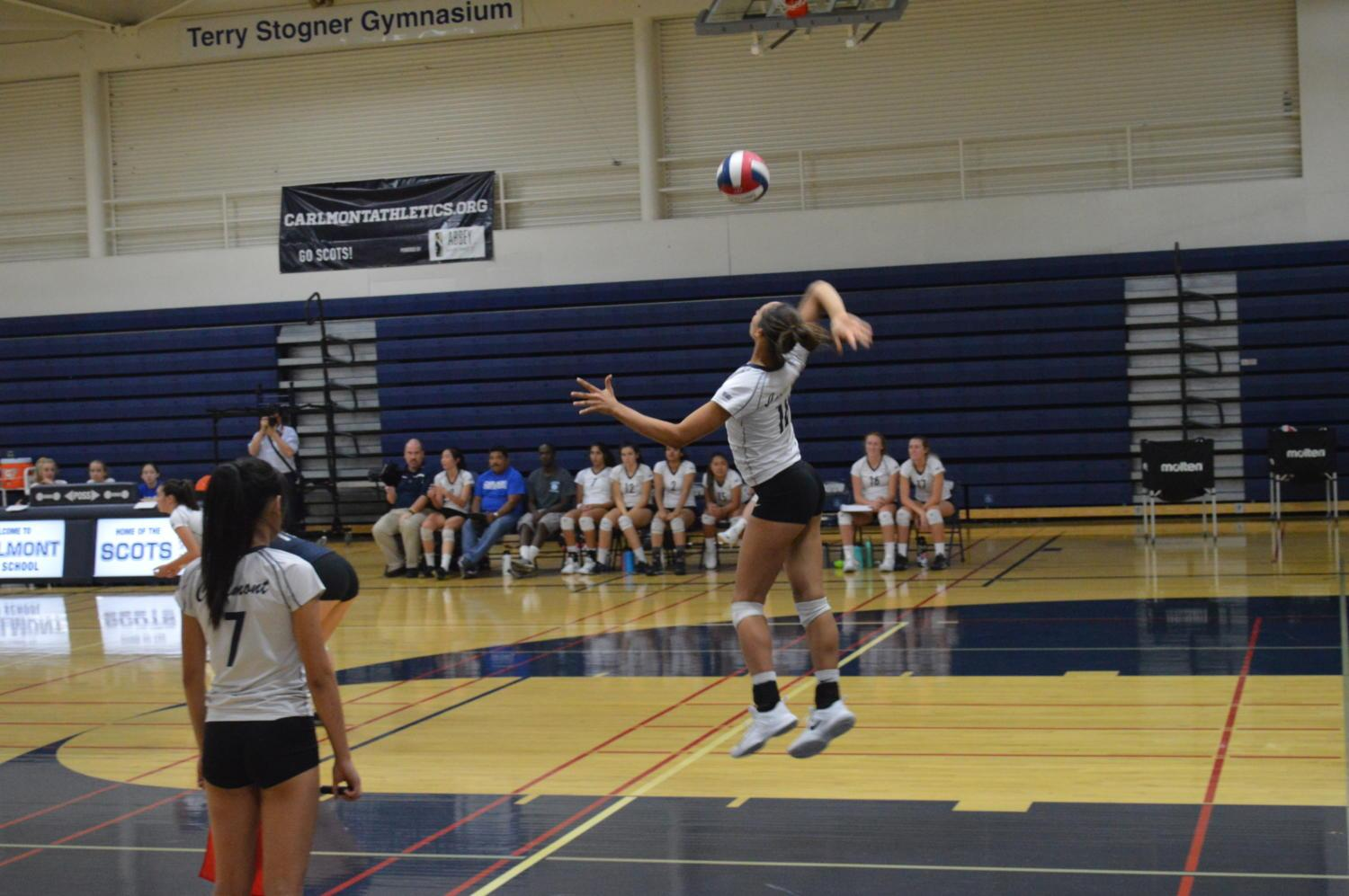 Sophomore+Morgan+McClellan+aces+her+jump-serve+to+score+a+point.