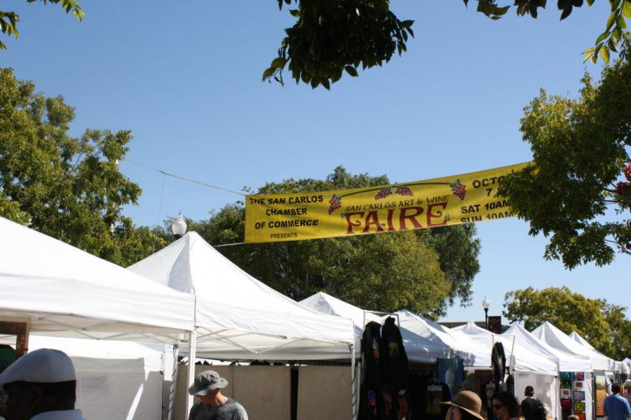 The+Art+and+Wine+Faire+stretched+throughout+downtown+San+Carlos%2C+drawing+big+crowds+amidst+the+high+temperatures+of+the+weekend.+
