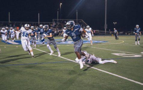 Varsity football falls to Sequoia in record-breaking season