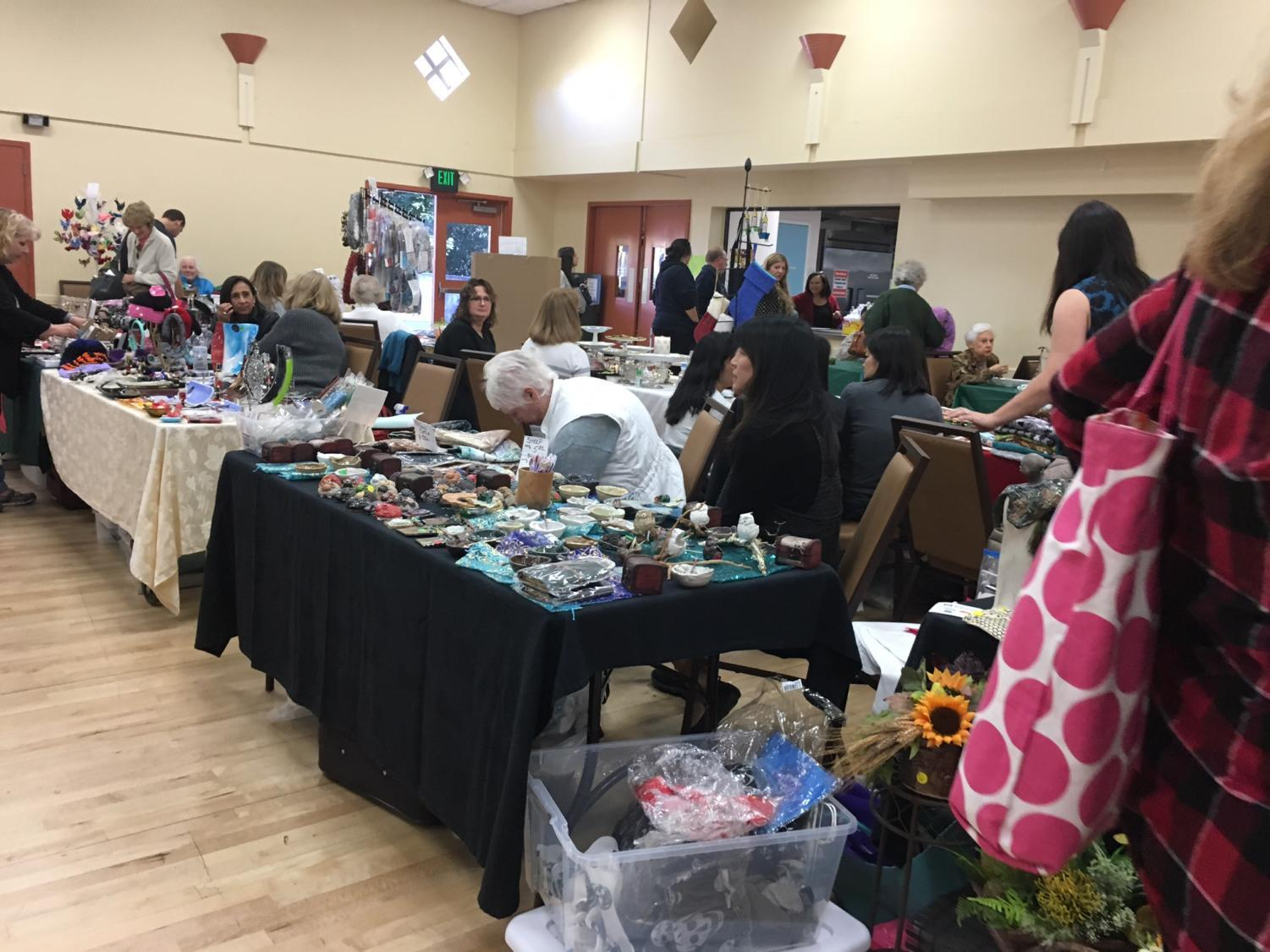 Holiday Craft Faire brings the Belmont community together with arts and crafts.