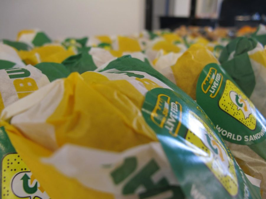 Subway+sandwiches+have+been+stacked+alongside+salads+and+condiments+in+the+Student+Union+since+Jan.+16.