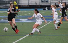 Girls' varsity soccer ties Woodside