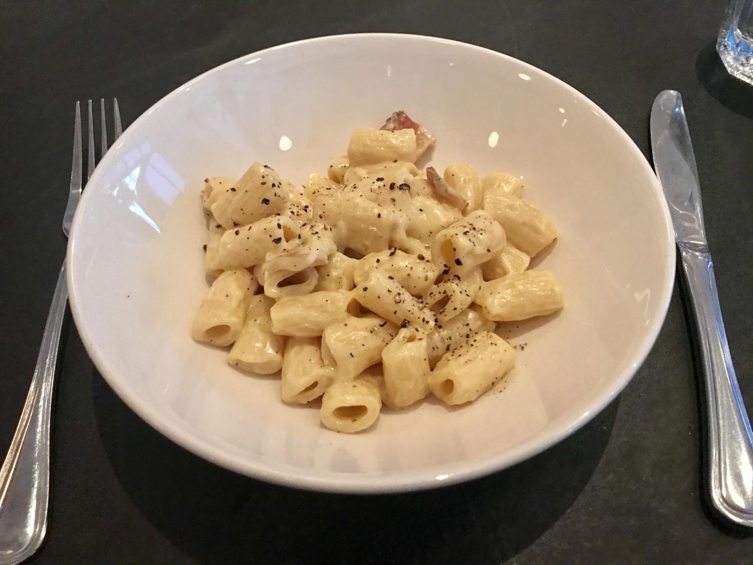 The rigatoni carbonara had a great mix of flavors and textures.