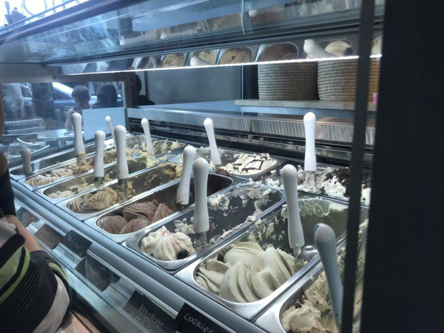 Gelataio+opens+its+doors+to+downtown+San+Carlos%2C+serving+a+variety+of+flavors+of+gelato+and+sorbetto.