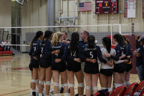 Girls' varsity volleyball wins first league game