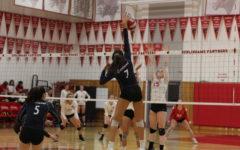Girls varsity volleyball narrowly defeats Burlingame