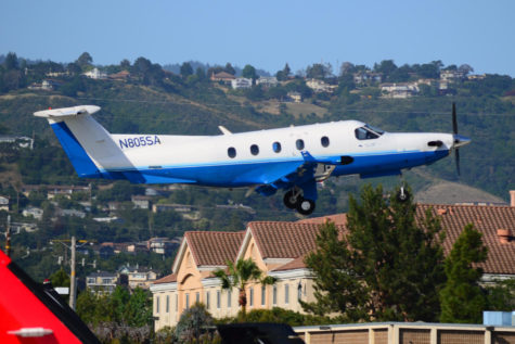 Surf Air noisily returns to San Carlos Airport