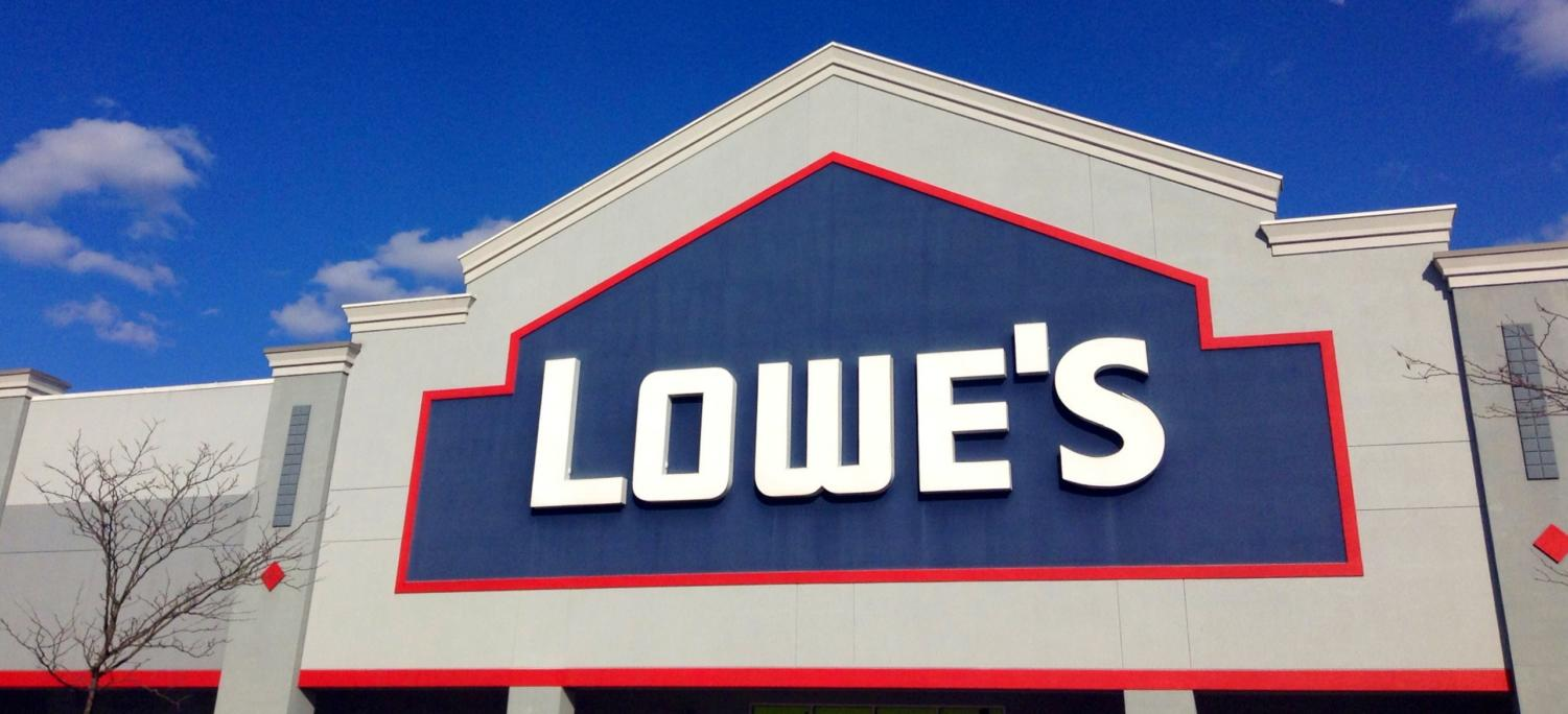 Lowe's plans on closing 20 U.S. stores and 31 Canadian stores before February 2019.