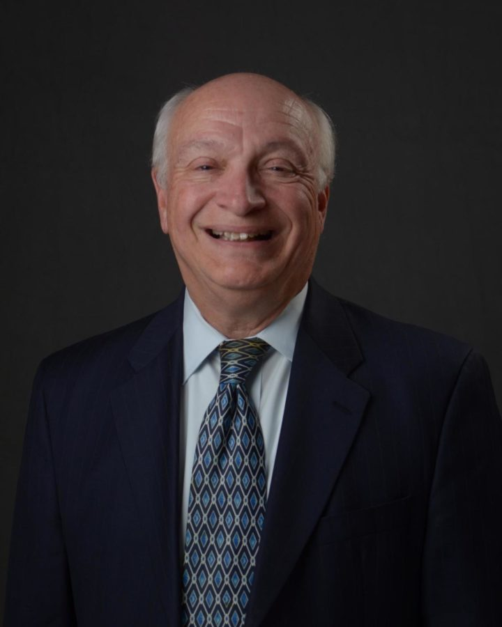 Official+portrait+of+San+Carlos+Mayor+Bob+Grassilli.