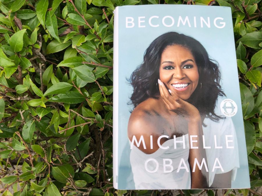 %22Becoming+Michelle+Obama%22+by+Michelle+Obama.