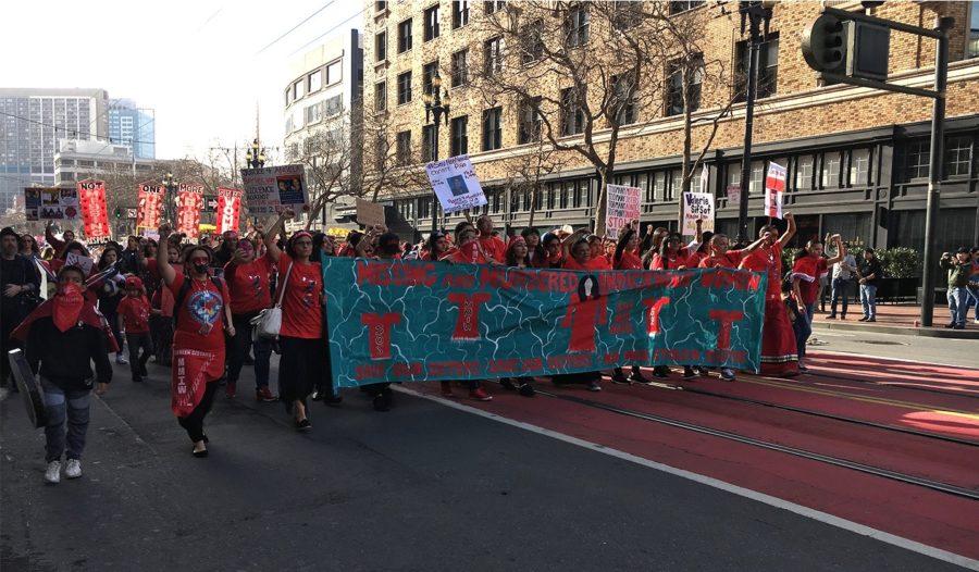 Indigenous+women+lead+the+Women%27s+March+San+Francisco+2019.