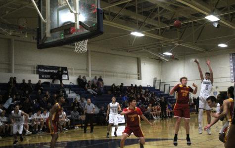 Carlmont JV boys basketball suffer un-Bear-able defeat to Menlo-Atherton