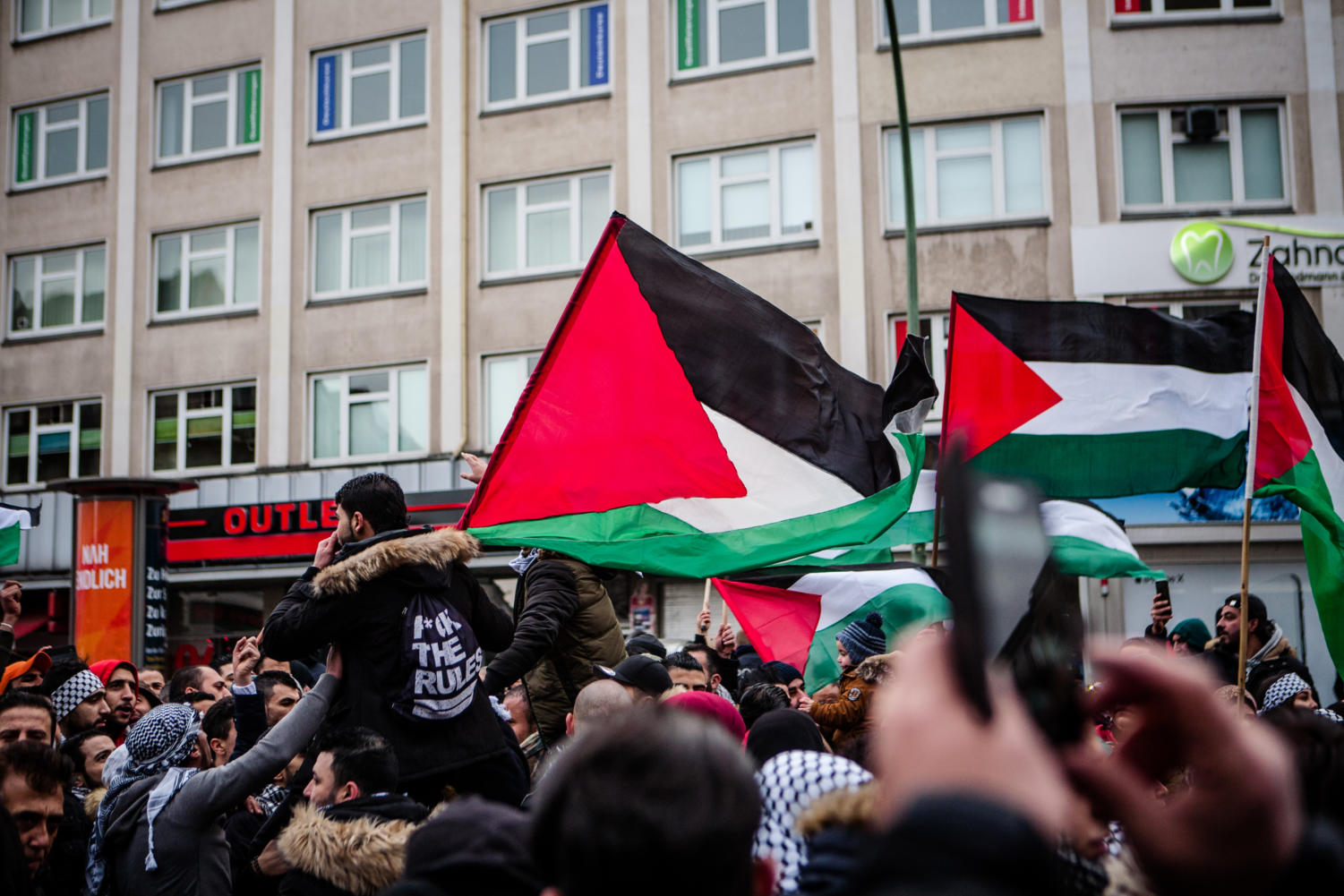 March held in Berlin to protest against Trump moving the U.S. embassy in Israel from Tel Aviv to Jerusalem.