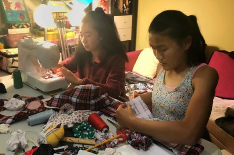Homemade hair scrunchie business donates proceeds to charity