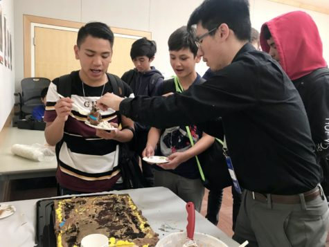 Belmont library says farewell to librarian Jordan Kan
