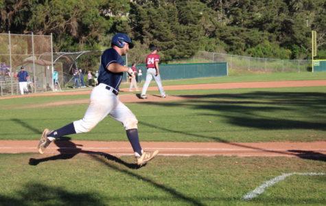 Varsity baseball defeats the Sacred Heart Prep Gators