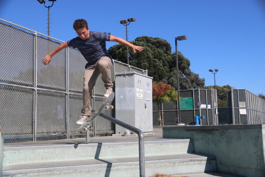 Freshman+Joseph+Matatyaou+does+a+boardslide+on+a+rail+at+the+Foster+City+Skatepark.+Matatyaou+enjoys+going+to+skateparks+not+only+to+skate%2C+but+also+to+meet+new+friends+and+be+part+of+a+community.+