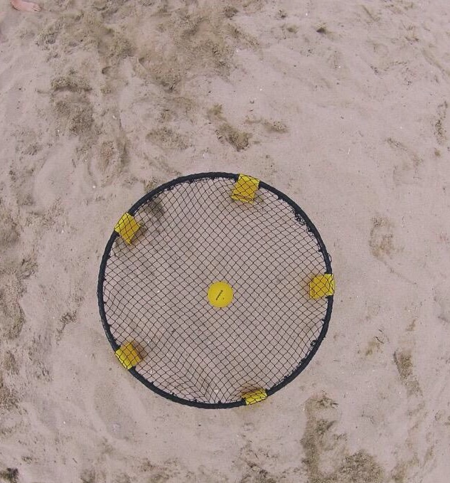 Spikeball enhances Carlmont culture and student unity