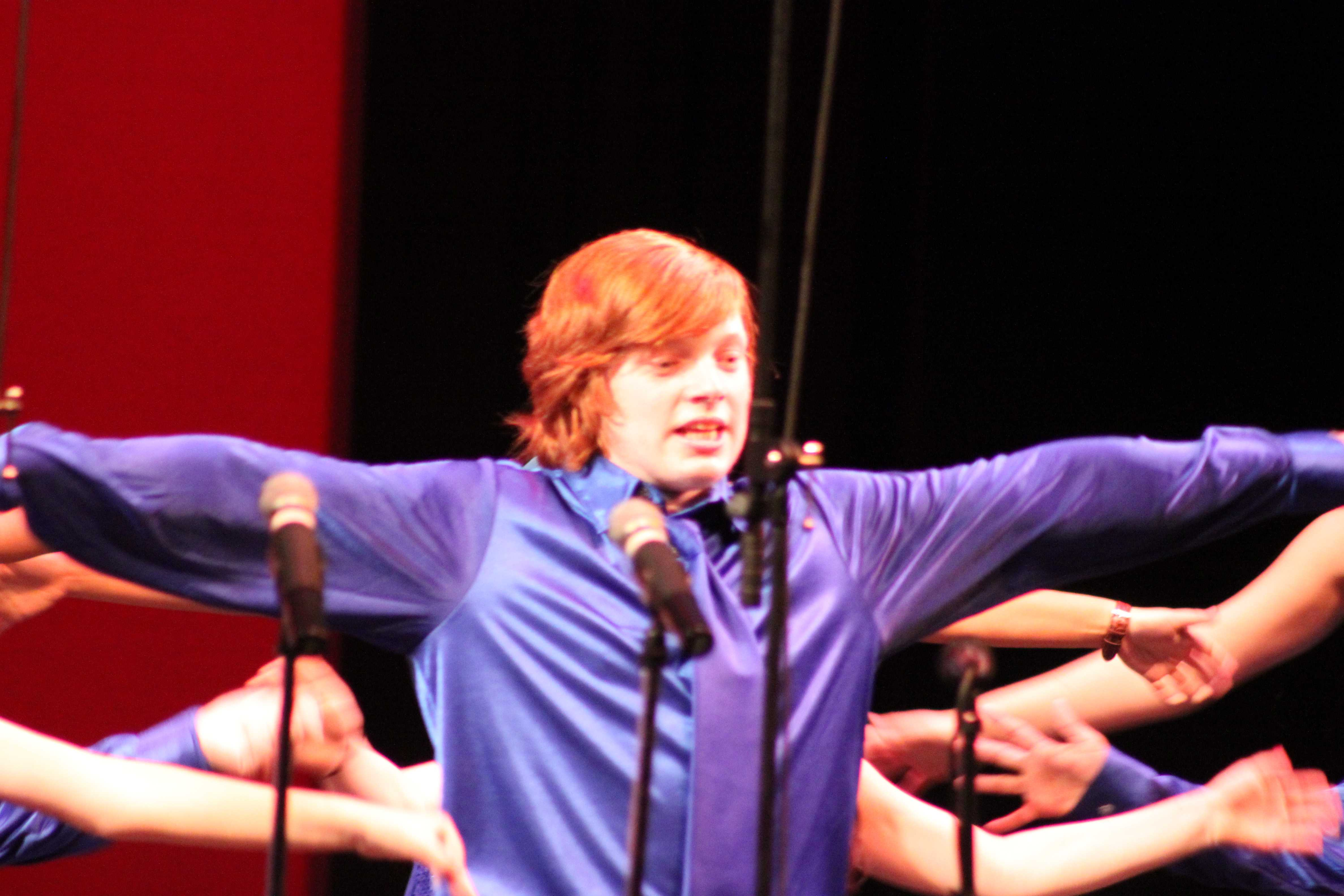 Ron Weasley making a surpirse (and blurry) apperance.