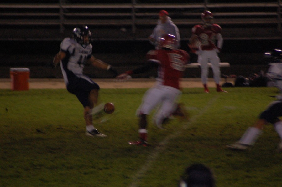 Scots struggle against Wildcats
