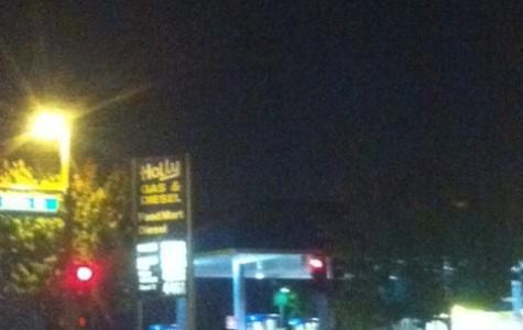 San Carlos gas station robbed at gunpoint