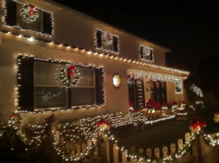 Lighting+up+the+holidays