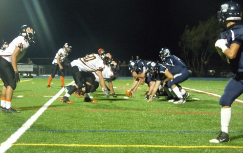 Carlmont on offense at the line of scrimmage