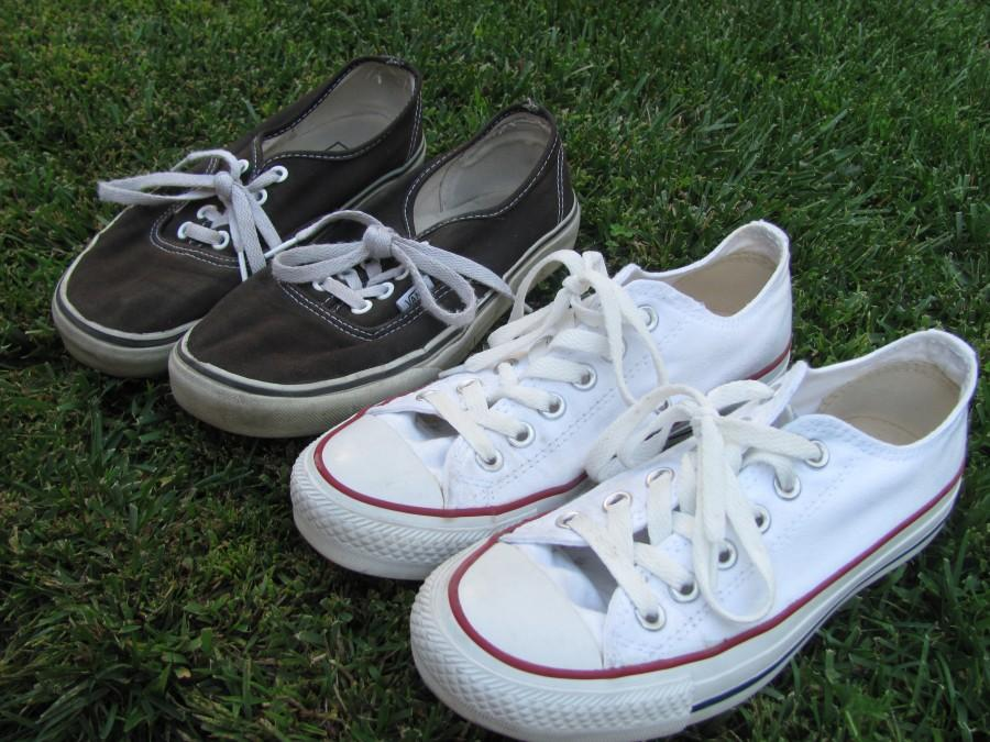 Carlmont students choose Vans over Converse