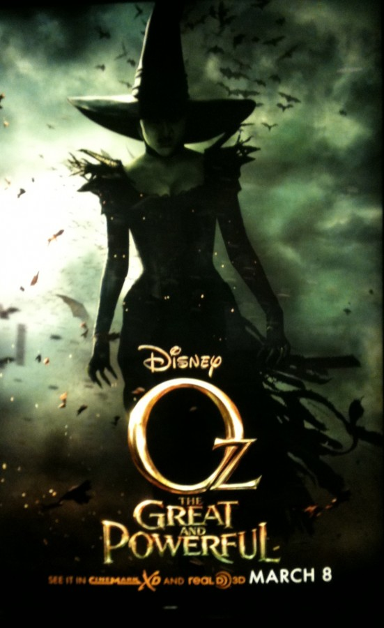 Oz the Great and Powerful is a dark prequel to The Wizard of Oz.