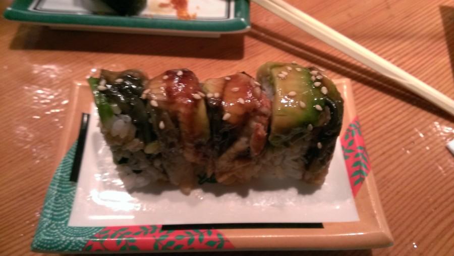 The sweet unagi and avocado creates a refreshing taste.