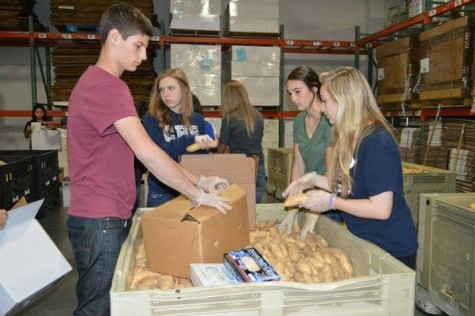Key Club members help out the community